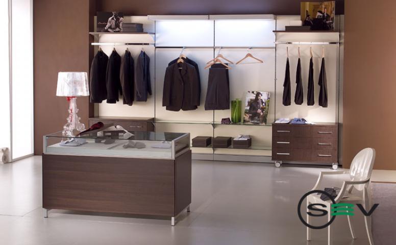 Arredamento per negozi abbigliamento cagliari sardegna saba