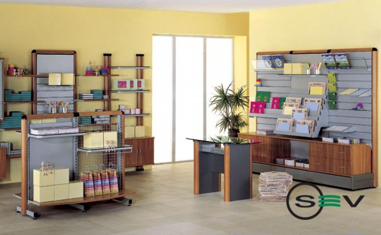 Arredamento per cartolerie e librerie cagliari sardegna for Saba arredamenti