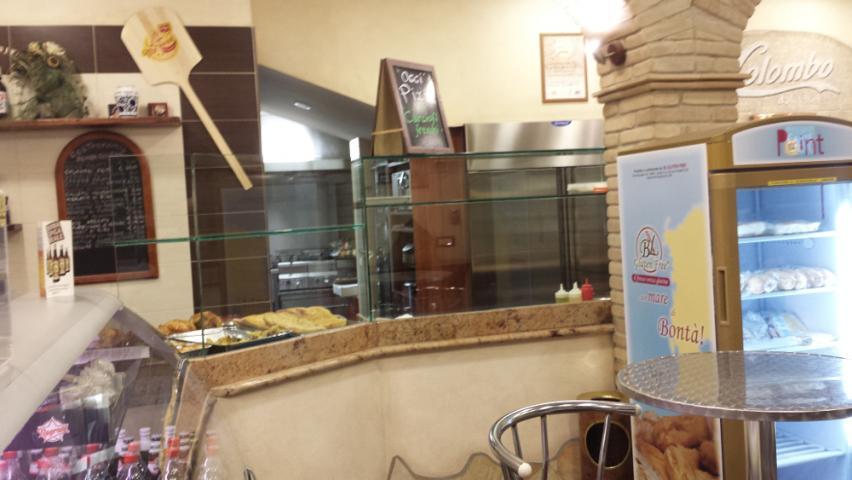 Pizzeria colombo quartu sant 39 elena ca saba arredamenti for Saba arredamenti